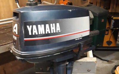 Yamaha 4 pk buitenboord motor met neutraal voor en achteruit